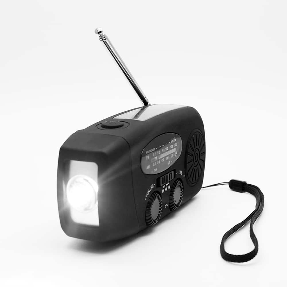 solcellsdriven radio med vev dynamo